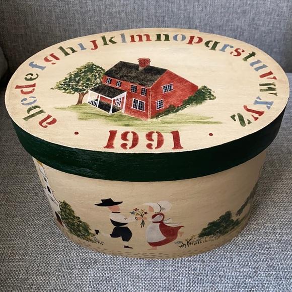 Vintage Amish Bentwood Box